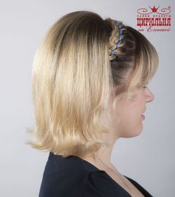Очень стильные прически на выпускной на средние волосы