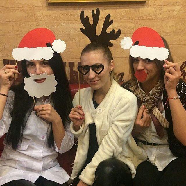 Праздник Новый год в салоне красоты «Цирюльня на Еленской»